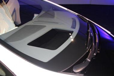 未来型AI自動車「LQ」のHUD